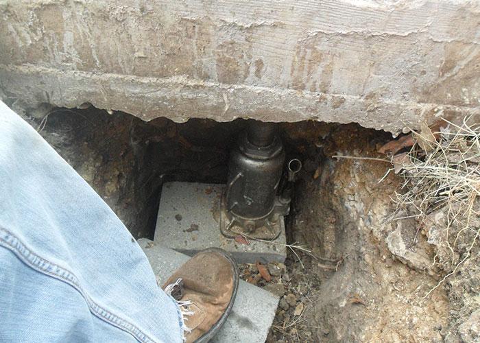 placing foundation repair in San Antonio
